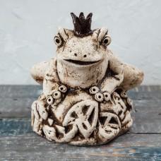 Скульптура 'Лягушка на камне' №2