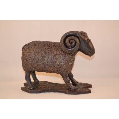 Скульптура Овечка