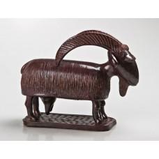 Скульптура Коза
