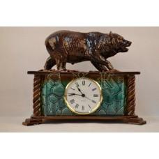 Часы с Медведем на подставке